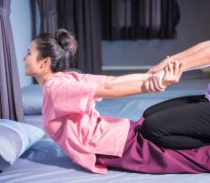 upper shoulder massage